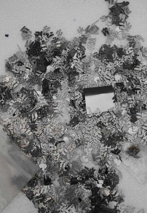 电子厂小件与铁械铁渣分离